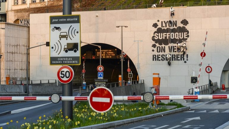 Lyon Suffoque - Greenpeace